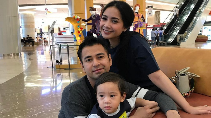 Raffi Ahmad dan Keluarga (Foto: Instagram)