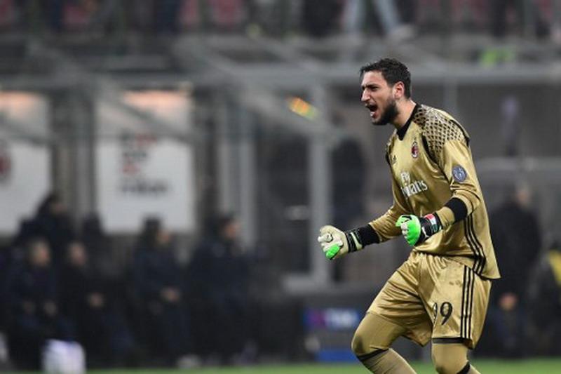 Donnarumma kemungkinan jadi pemain cadangan di Milan. (Foto: AFP/Miguel Medina)