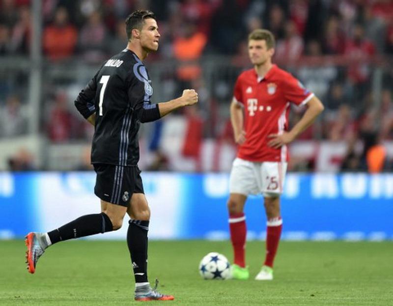 Ronaldo diincar Bayern. (Foto: AFP/Christof Stache)