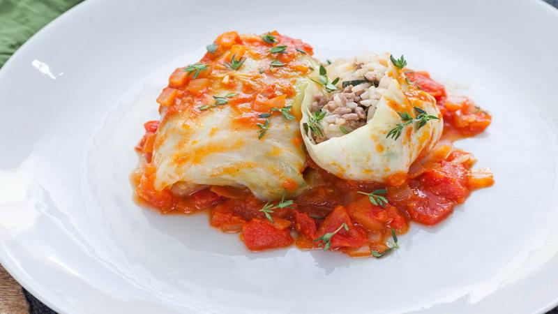 URBAN FOOD: Kol Isi Daging Spesial untuk Camilan Liburan