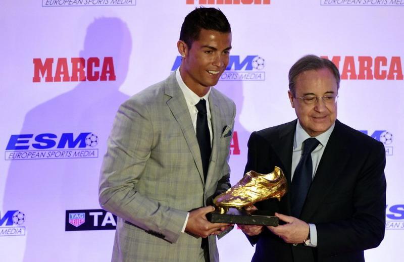 Ronaldo miliki kontrak besar di Madrid. (Foto: AFP/Javier Soriano)