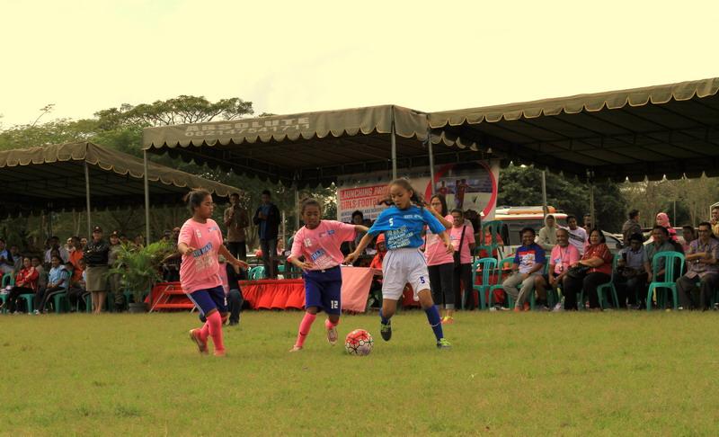 Turnamen sepakbola perempuan di NTT (Foto: Sefnat Besie/Okezone)