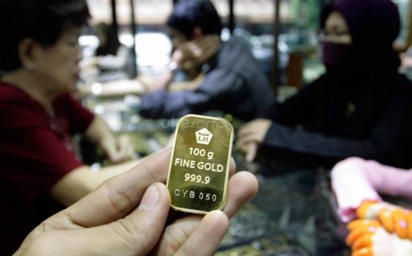 \Turun Lagi, Harga Emas Antam Terjun Bebas ke Rp589.000/Gram\