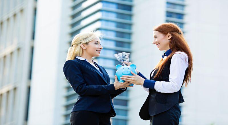 \BUSINESS HITS: 5 Wanita yang Tajir karena Usaha Sendiri!\