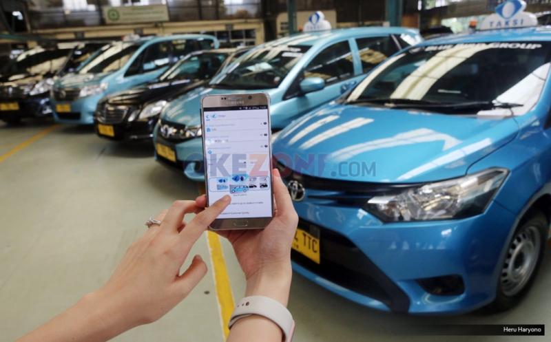 \Tarif Taksi Online Disesuaikan, Saham Blue Bird Layak Beli di Rp5.250-Rp5.275   \