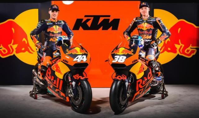 Pol Espargaro dan Bradley Smith (Foto: KTM)