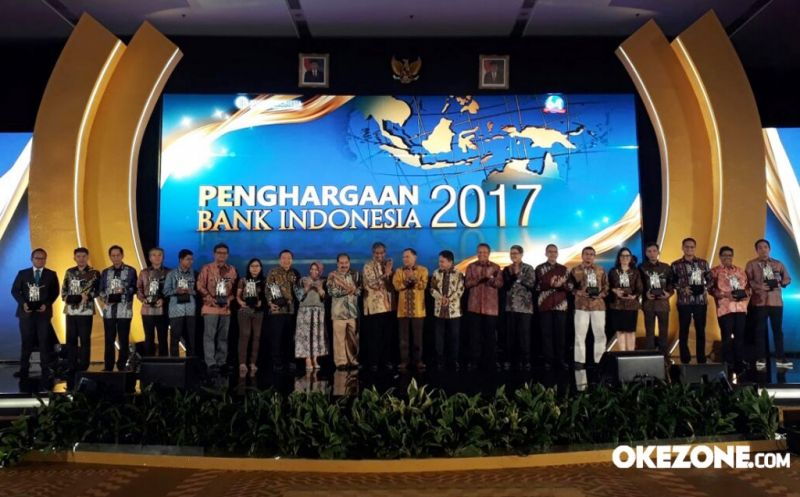 \Dahsyat! Okezone.com Sabet Penghargaan Bank Indonesia 2017\