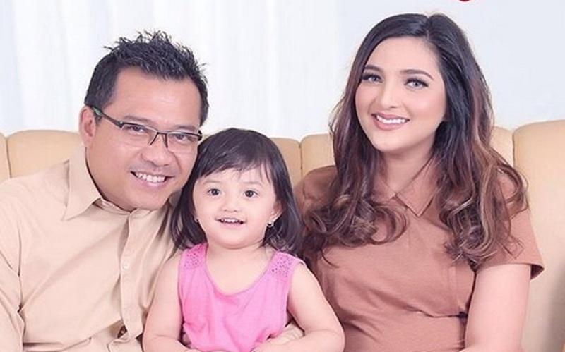 Keluarga Anang Hermansyah (Foto: Instagram)
