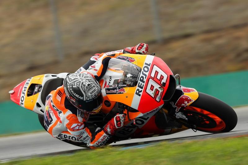 Marquez saat melakoni uji coba di Sirkuit Brno. (Foto: Twitter Repsol Honda)