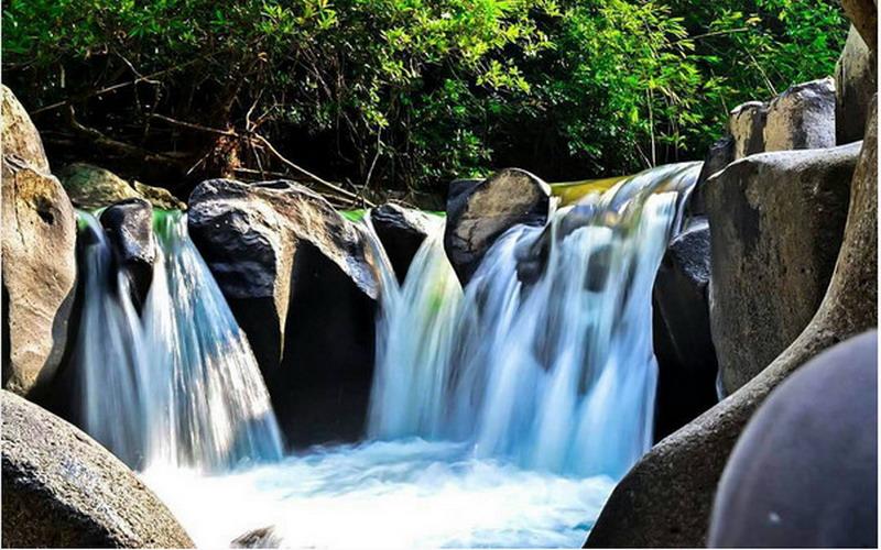 UNCOVER INDONESIA: Air Terjun Haman, Indahnya bak Taman Air para Bidadari