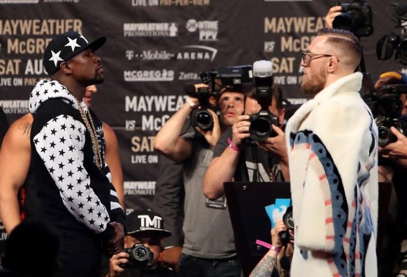 Floyd Mayweather Jr dan Conor McGregor (Foto: AFP)