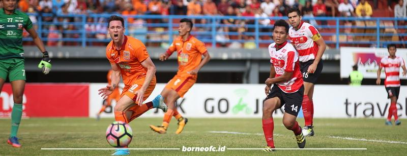 Borneo FC saat hadapi Madura United. (Foto: Laman resmi Borneo FC)