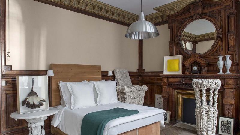Dekorasi Menakjubkan Apartemen Karya Seniman Prancis, Keren Terlihat seperti Museum Seni!