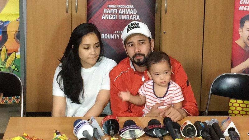Keluarga Raffi Ahmad (Foto: Okezone)
