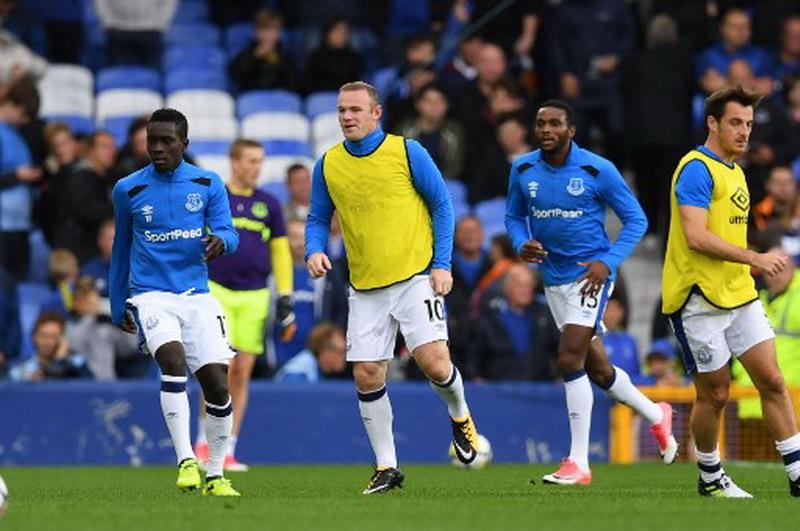 Rooney motor serangan Everton di Liga Inggris 2017-2018. (Foto: AFP/Paul Ellis)