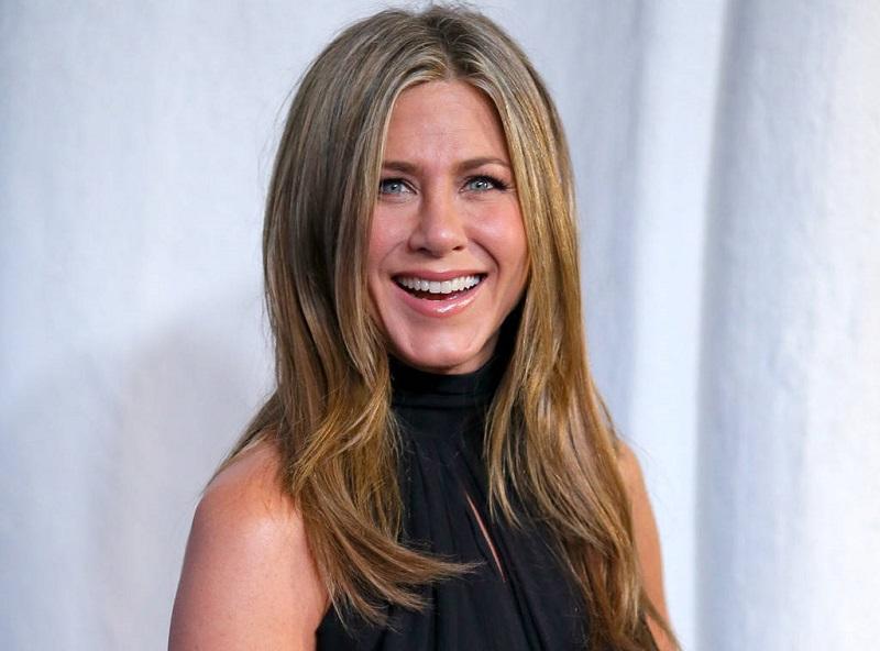 Rahasia Awet Muda Jennifer Aniston, Rajin Olahraga Yoga dan Tertawa