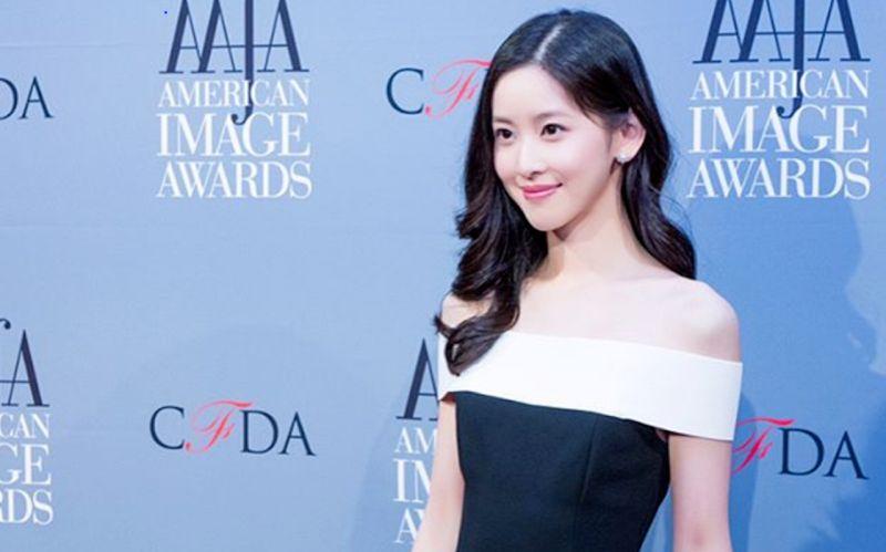 \RAHASIA SUKSES: Wanita Cantik 24 Tahun Jadi Miliarder Termuda China, Apa Kuncinya?\
