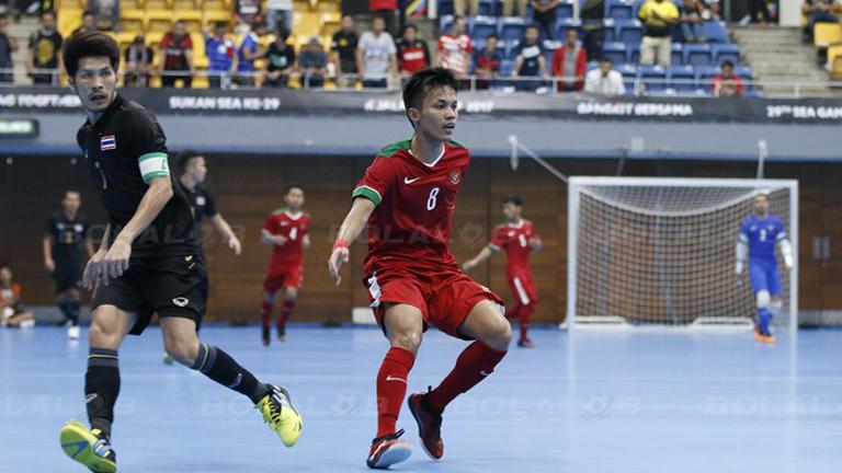 Timnas Futsal Putra Indonesia kalahkan Thailand dengan skor 4-2 di SEA Games 2017 (Foto: Bolalob)