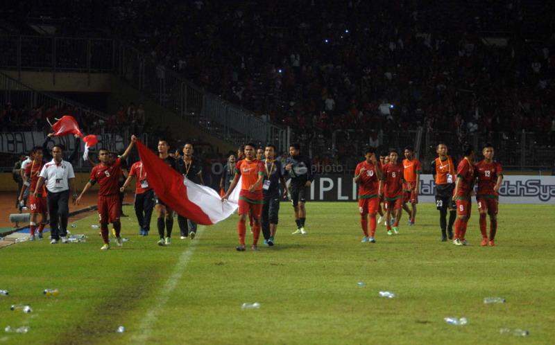 Timnas Indonesia U-19 saat menjuarai Piala AFF 2013. (Foto: Okezone)