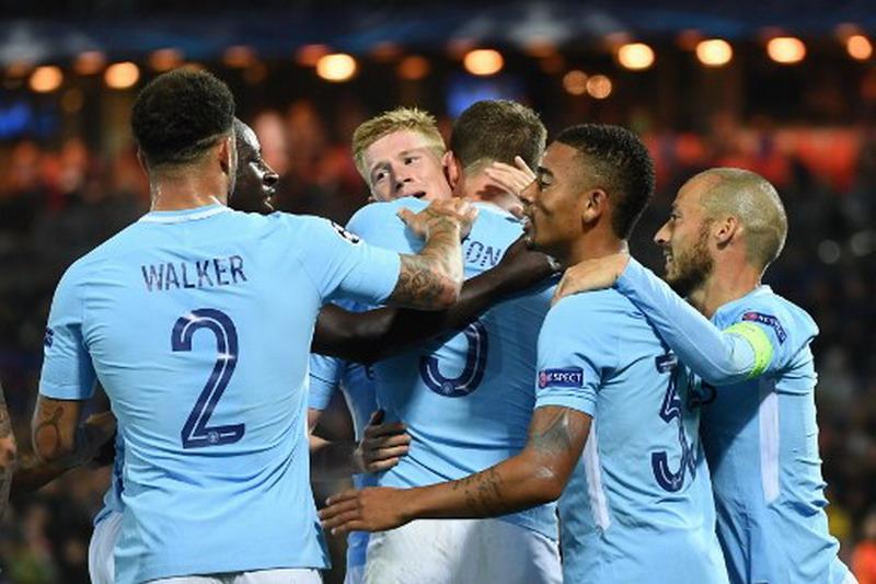Kyle Walker (paling kiri) salah satu pemain baru Man City. (Foto: AFP/Emmanuel Dunand)