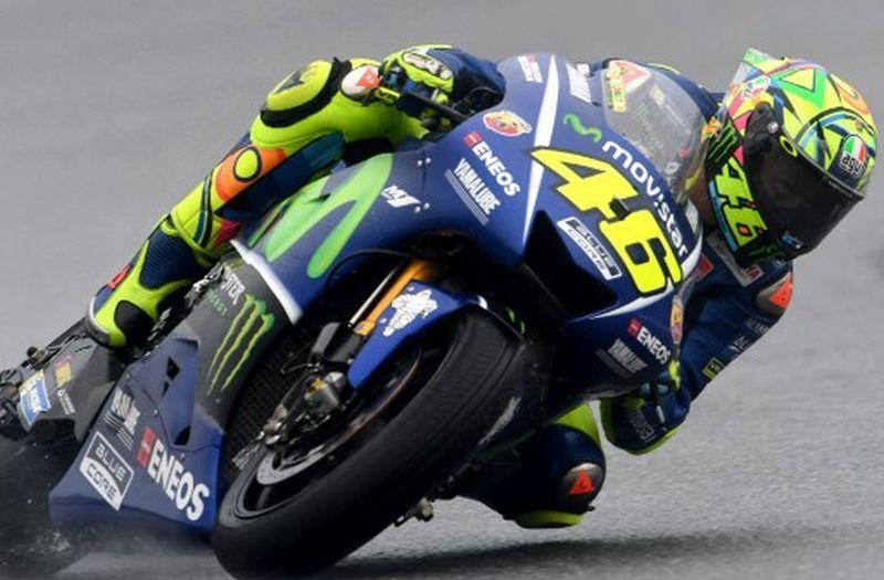 Pembalap Tim Movistar Yamaha, Valentino Rossi (Foto: AFP / Michal Cizek)