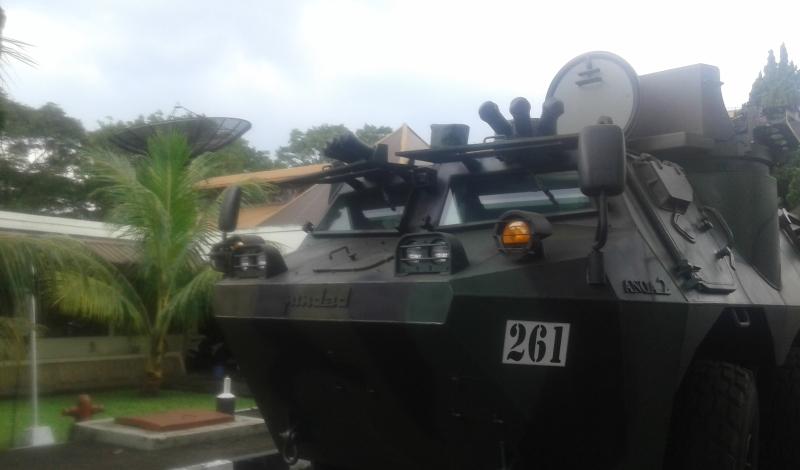 indonesia-impor-barang-konsumsi-dari-tank-parfum-hingga-pistol