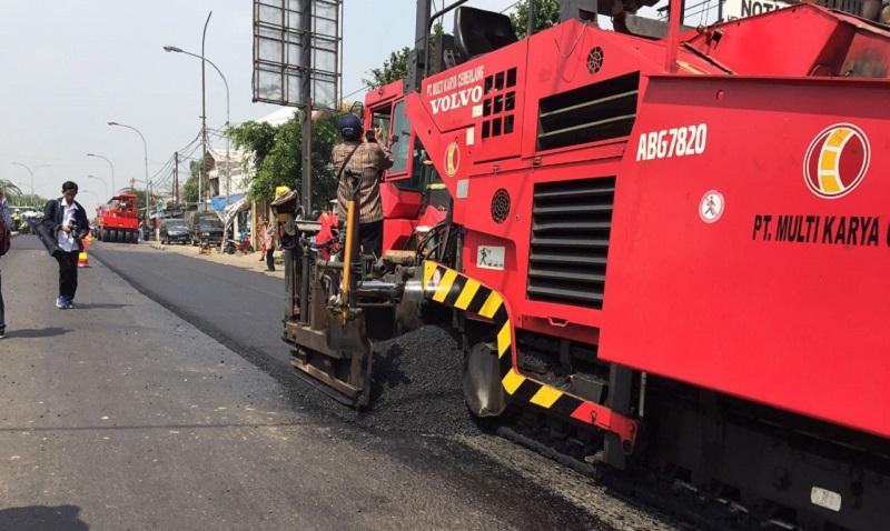 \Setelah Bekasi, Jalan Tol Tangerang-Merak Bakal Gunakan Aspal dari Limbah Plastik
