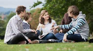 Strategi Jitu Kembangkan Komunitas Muda