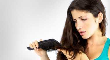 Perawatan Sederhana Atasi Rambut Kering