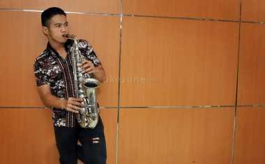 Penyanyi Ini Idamkan Vicky Prasetyo Sebagai Suami – Okezone
