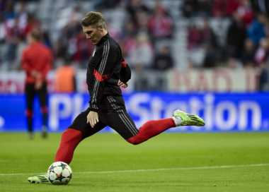 Schweinsteiger Sebaiknya Tinggalkan Bayern
