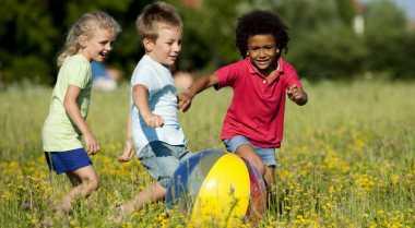 Pentingnya Ajarkan Anak Kompetisi sejak Dini