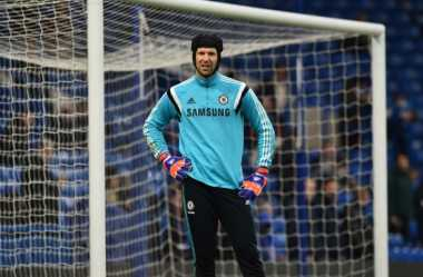 PSG Jatuh Cinta dengan Cech