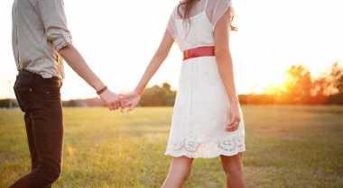 Bentuk Dukungan Orangtua Bagi Pasangan Muda