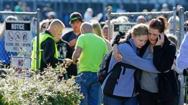 Guru SMA Berani Pasang Badan Menantang Penembak Maut