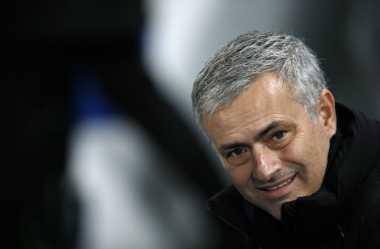 Mourinho Mengklaim Dipuji Fans Setia Arsenal