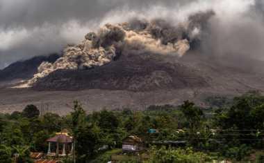 Erupsi Gunung Sinabung Tak Timbulkan Kebakaran Hutan