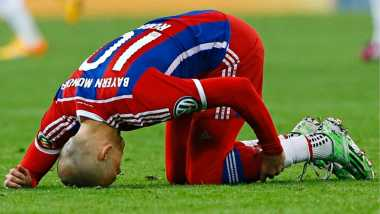 Robben Tutup Musim dengan Cedera