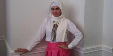 Tips Hijab Simpel ala Delia Septianti