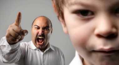 Hukuman Fisik Bikin Anak Pendendam