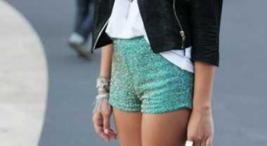 Tiga Gaya Stylish dengan Hot Pants