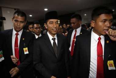 Jokowi Bagikan Tiga Kartu Sakti di Klaten