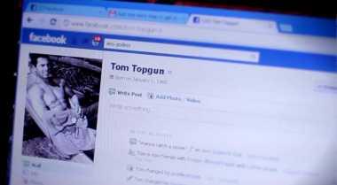 Bahaya Facebook bagi Kelangsungan Pernikahan