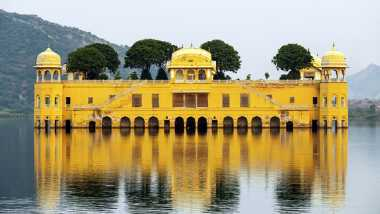 Ada Banyak Misteri di Istana Terapung India