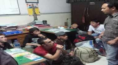Tiga WNA Ditangkap Petugas Imigrasi Surabaya