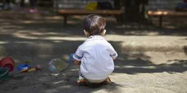 Orangtua Penelantar Anak Wajib Koreksi Diri