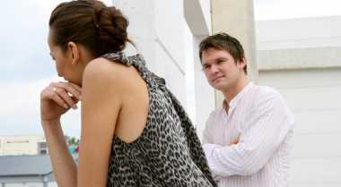 Tiga Kebohongan Sepele Wanita Bikin Pria Jengkel