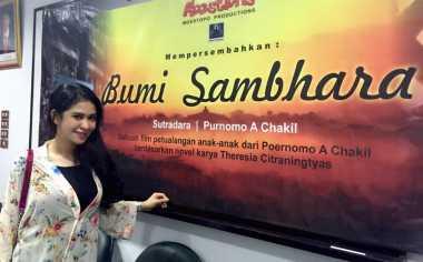 Afril Rania Tertantang Berperan Menjadi Orang Jawa