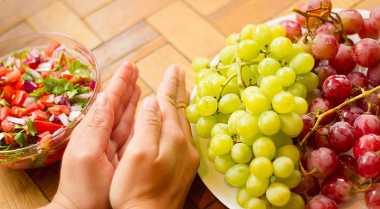 Jauhkan Anggur dari Makanan Berbau Menyengat
