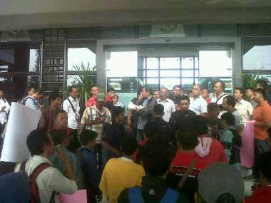 Demo Wartawan di Biro Rektor USU Nyaris Ricuh